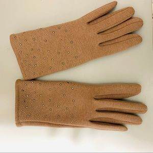 Wonderfully Stretchy Taupe Gloves w/Stud Design